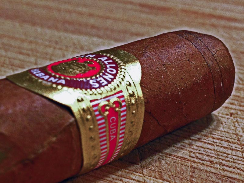 ramon-allones-small-club-coronas-02