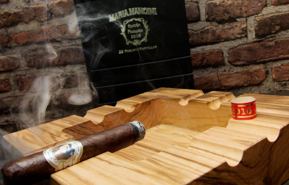 Maria Mancini Buch Robusto Particular 2016 Dauer Review