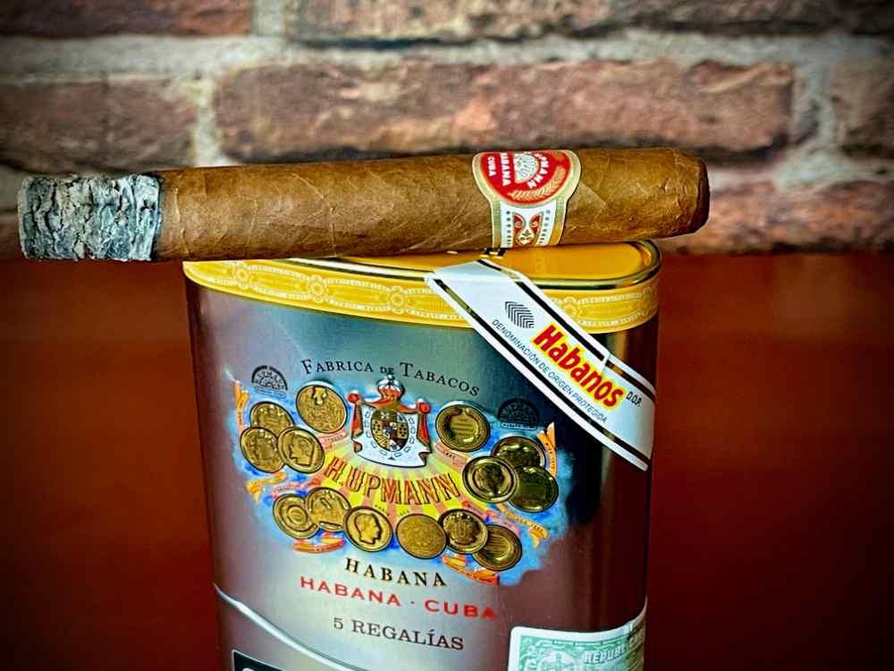 2 Top Zigarren Neuheiten H Upmann