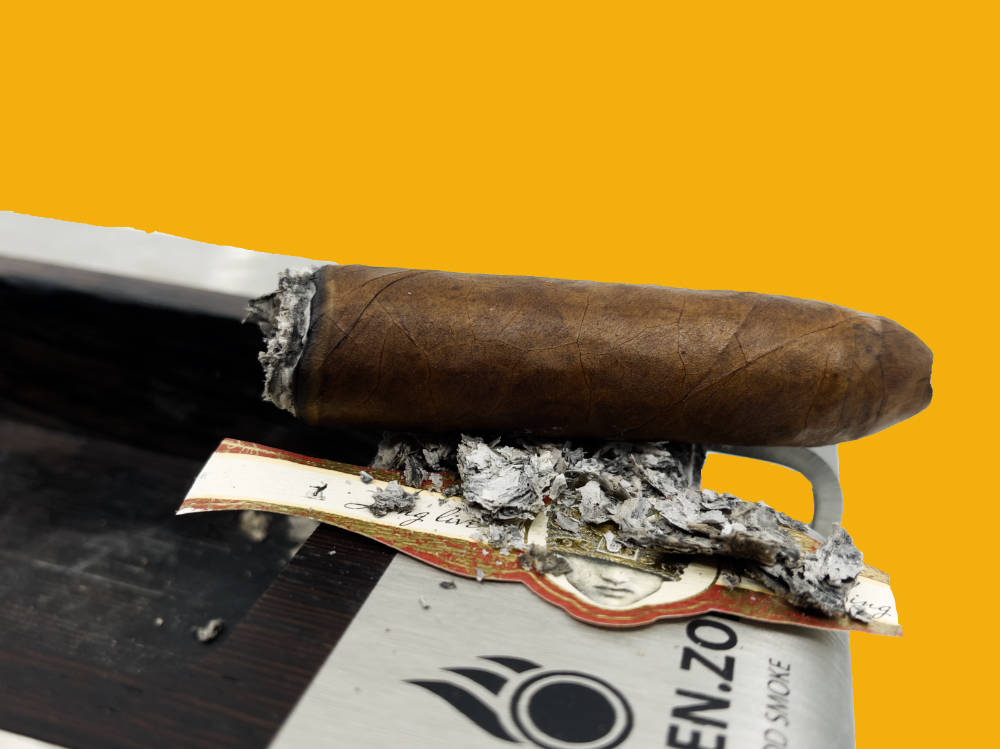 Caldwell Long Live The King Belicoso