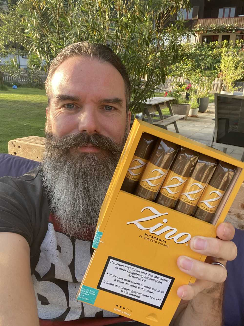 Oliver gewann 25er Kiste Zino Nicaragua Robusto